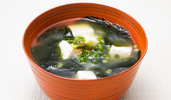 Tofu and Wakame Miso Soup   recipes   Dining with the Chef ...